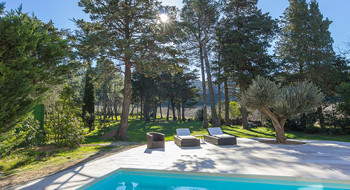 Holiday home with pool at Languedoc